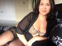 Lingerie blogger MsLindsayM in Dear Scantilly lingerie set by Curvy Kate.