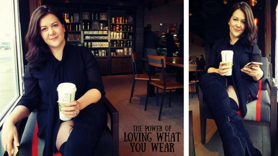 Plus size fashion blogger wearing LURAP dress